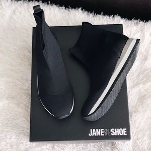 Jane and the Shoe